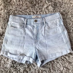 Hollister high waisted jean shorts size 5